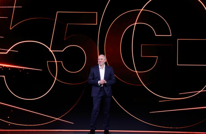 Orange wprowadza na rynek smartfon gotowy na technologię 5G. Neva jet będzie dostępny w Polsce!