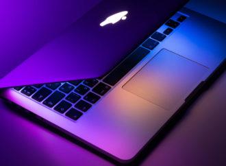 Praca zdalna spowodowała wzrost sprzedaży MacBooków