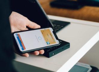 Płatnościami mobilnymi Polska stoi