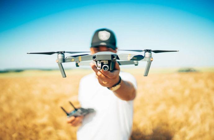 Latasz dronem? Pamiętaj o zmianie przepisów!