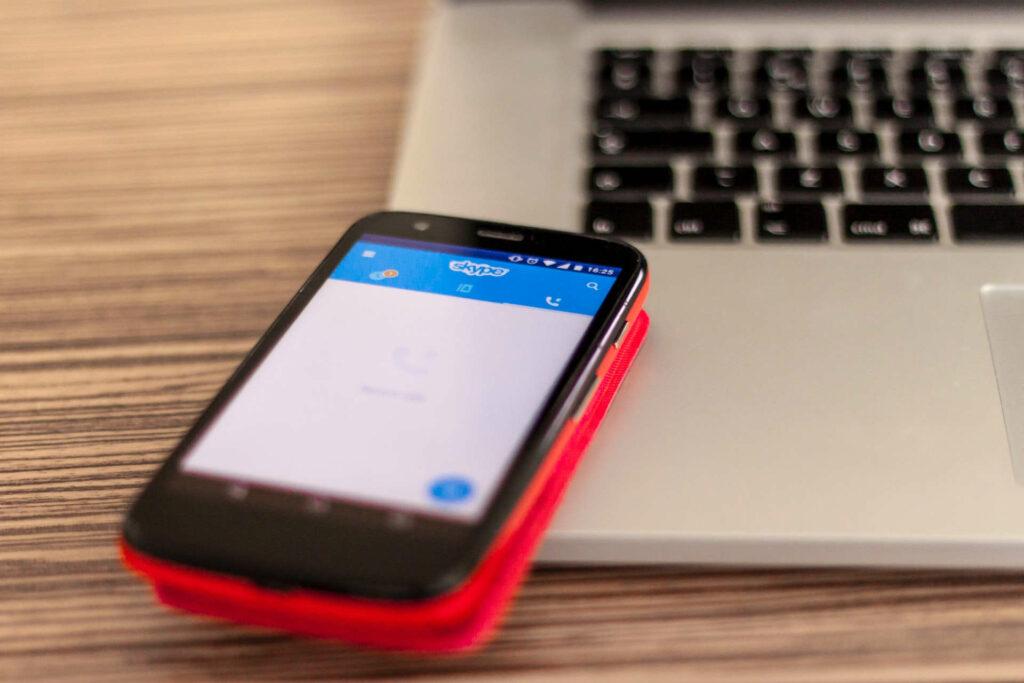 Ogromne wzrosty sprzedaży na światowym rynku smartfonów q1 2021