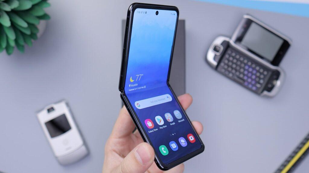 Samsung chce sprzedać 7 milionów składanych smartfonów