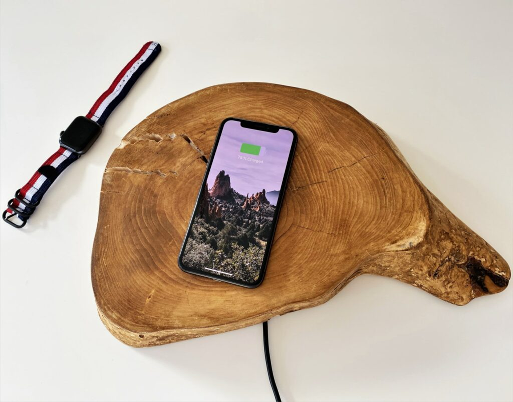 Ładowanie baterii smartfona w 5 minut