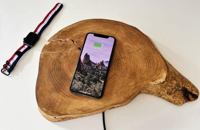 Czy już wkrótce naładujemy smartfona w kilka minut? Trwają prace badawcze