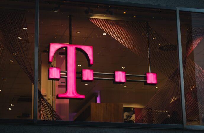 3 tysiące stacji bazowych 5G w sieci T-Mobile
